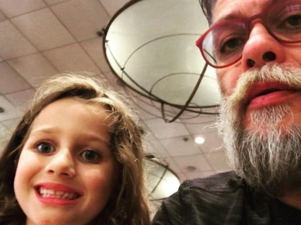Filha de Fábio Assunção encanta a web ao falar sobre amor; vídeo