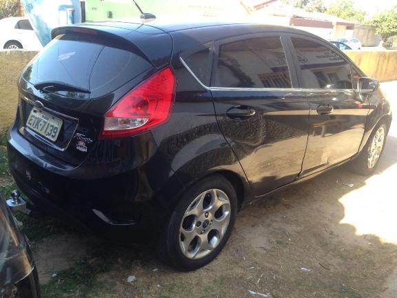 Carro roubado em São Paulo é recuperado pela PRF em Parnaíba (Crédito: PRF)