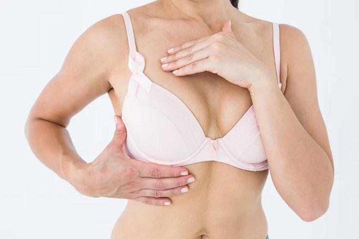 Câncer de mama é o tipo mais comum entre mulheres  (Crédito: Area de Mulher)