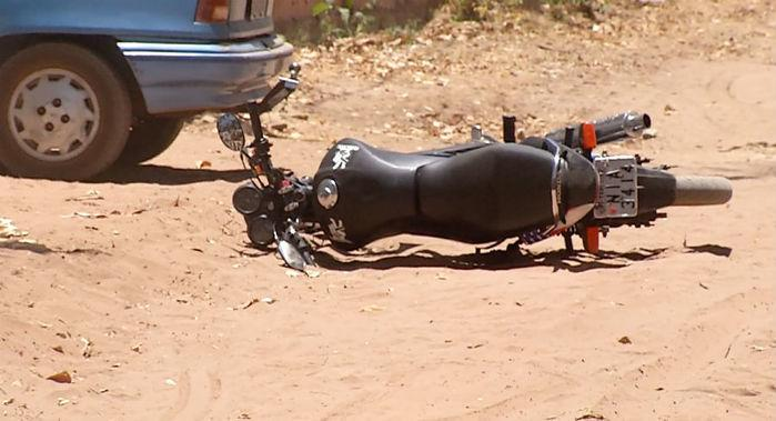 Motocicleta utilizada pelos criminosos (Crédito: Reprodução/TV Meio Norte)