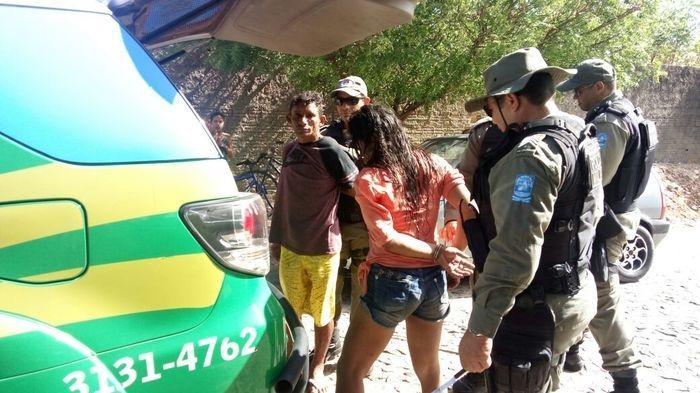 Acusados sendo presos (Crédito: Cleydyomar Sousa)