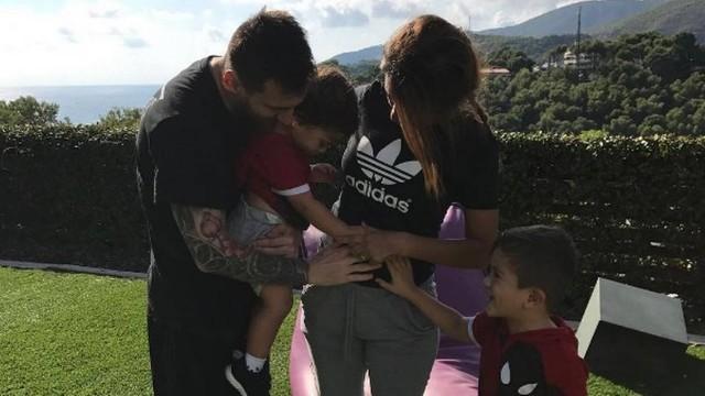Messi fez o anúncio nas redes sociais (Crédito: Reprodução)