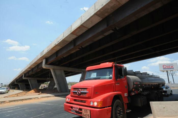 A expectativa é de que 10 mil veículos passem diariamente no local (Crédito: Francisco Leal)