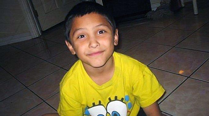 Padrasto tortura enteado até a morte por achar o menino afeminado