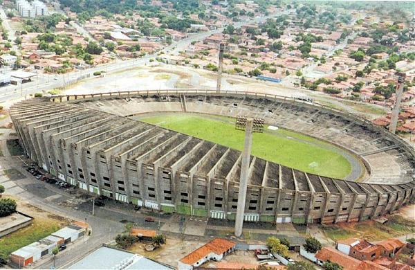 Estádio Governador Alberto Tavares Silva (Albertão)