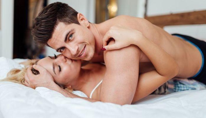 Homens que dão mais orgasmos à parceira são mais felizes