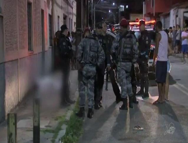 Local onde a menina foi morta em Fortaleza (Crédito: TV Verdes Mares)