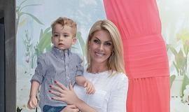 Ana Hickmann procura a polícia após ofensas contra filho de 3 anos