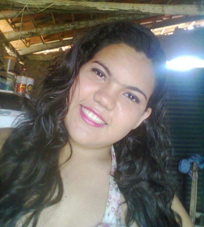 Ana Caroline de Sousa Barros