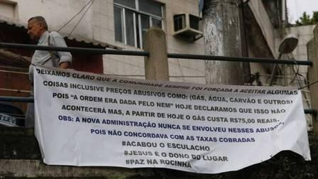 Cartaz colocado a mando de Rogério (Crédito: Reprodução)