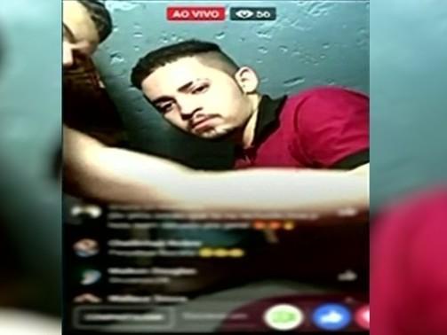 Detentos exibem drogas em transmissão ao vivo dentro de presídio