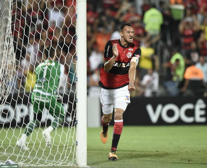 Réver comemora o primeiro gol do Flamengo contra o Bahia (Crédito: André Durão)