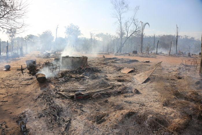 Incêndio causou a morte de uma criança de 2 anos (Crédito: Efrém Ribeiro )