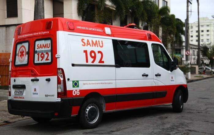 Ambulância do SAMU foi assaltada durante atendimento a grávida (Crédito: G1)
