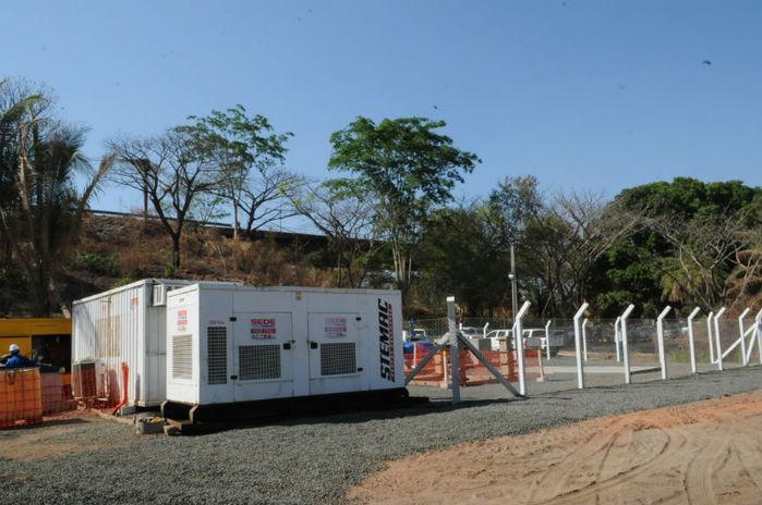 Unidade de bombeamento de água no Dirceu (Crédito: João Albert)