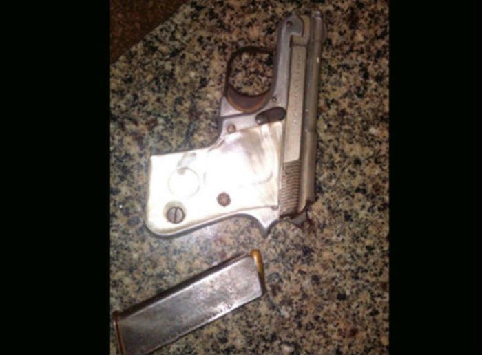 Arma apreendida com bandidos