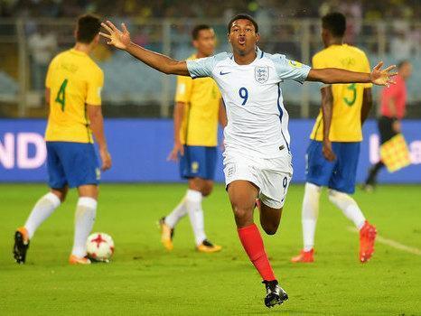 Atacante brilha e Inglaterra elimina o Brasil no Mundial sub-17