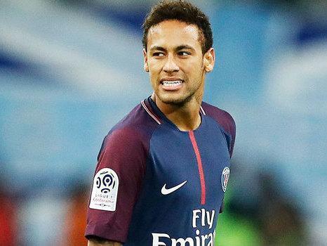 A pedido de Neymar, Santos recebe R$ 34 milhões do PSG