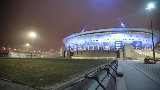 Estádio Krestovskyi, em São Petesburgo, que está sendo construído para a Copa (Crédito: Getty)