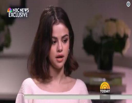 Selena Gomez (Crédito: NBC)