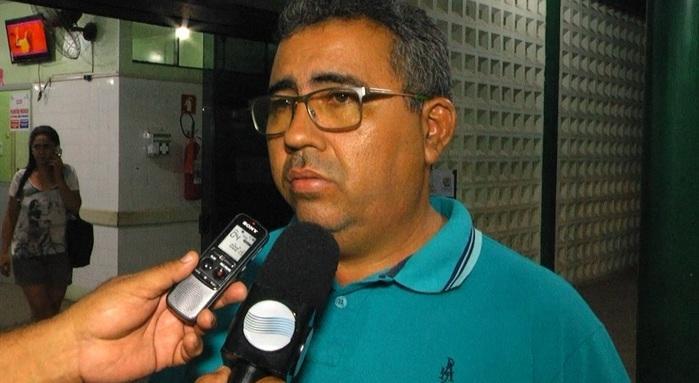 Proprietário do comércio contou detalhes da ação criminosa.  (Crédito: Kairo Amaral)