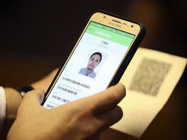 Motoristas que tenham CNH normal terão direito à digital (Crédito: Reprodução)