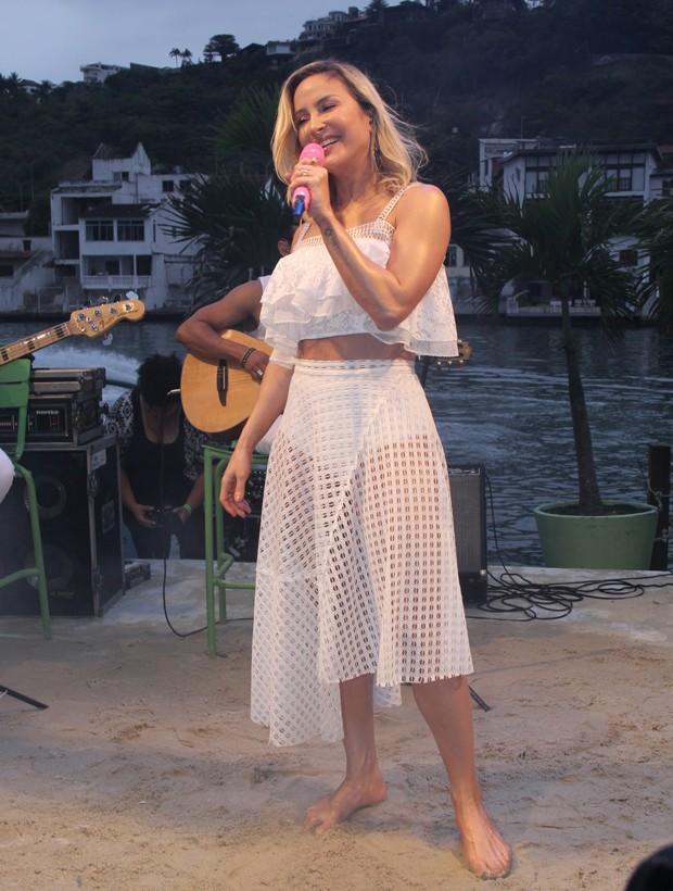 Claudia Leitte exibe corpão em lançamento de novo projeto no RJ (Crédito: Ag News)