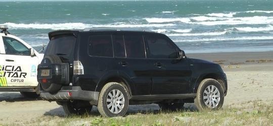 Carro usado por falsos agentes da PF é encontrado em Luís Correia