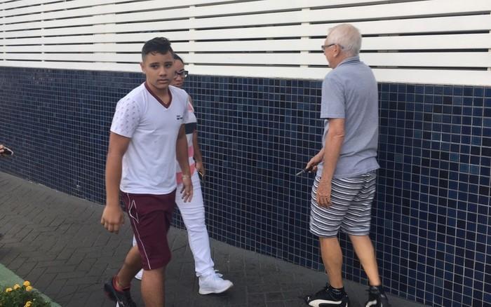 Hyago Marques volta às aulas após ser baleado por colega em escola (Crédito: Silvio Túlio/G1)