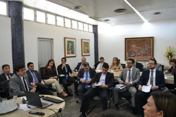 Rafael Fonteles participou de uma reunião no Tribunal de Contas do Estado ( (Crédito: TCE-PI)