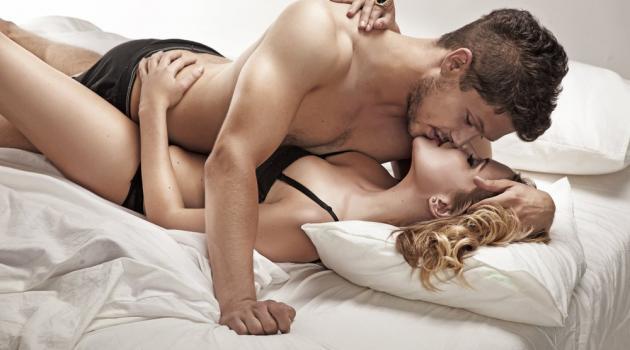 As mulheres podem chegar ao prazer com várias posições (Crédito: Reprodução)