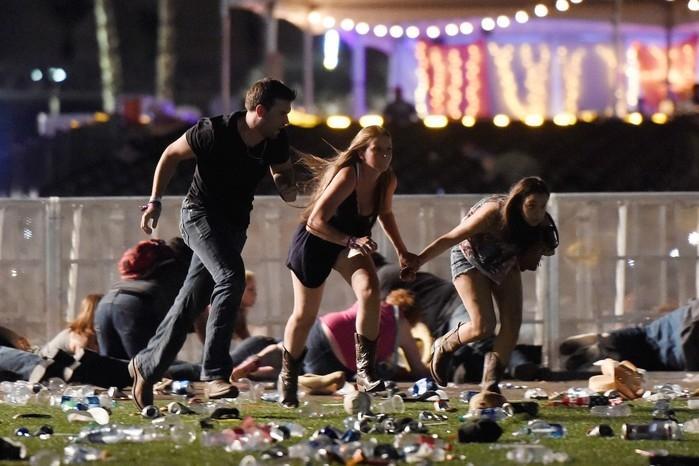 Tiroteio em festival nos EUA (Crédito: David Becker/Getty Images/AFP)