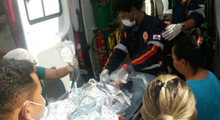 Helicópteros, aviões e ambulâncias foram usados para transportar as vítimas (Crédito: Luiz Ribeiro/EM)