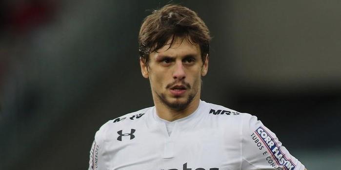 Rodrigo Caio é convocado para a vaga do lesionado Thiago Silva