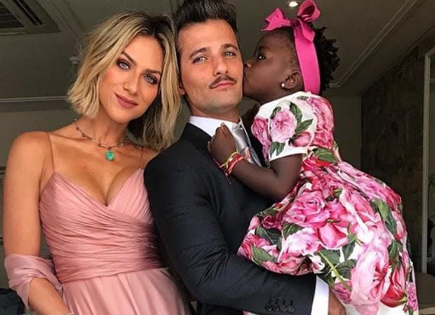 Giovanna Ewbank, Bruno Gagliasso e Títi (Crédito: Reprodução/Instagram)