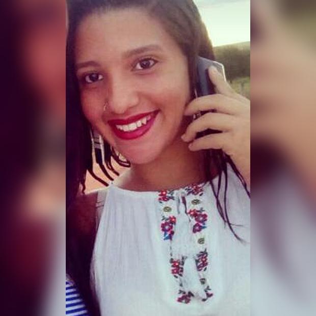 Mariana, de 17 anos, foi morta a golpes de faca (Crédito: Reprodução/Facebook)