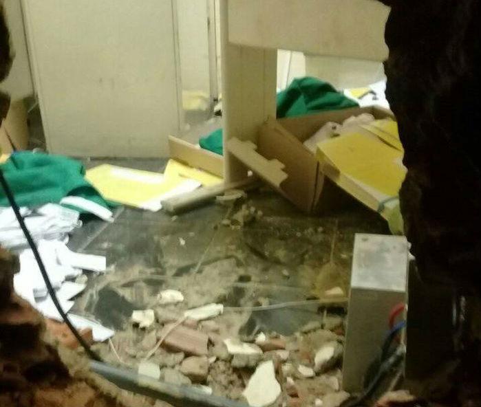 Bando faz reféns e rouba dinheiro dos Correios de Castelo do Piauí