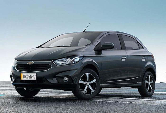 Chevrolet Onix segue na primeira posição