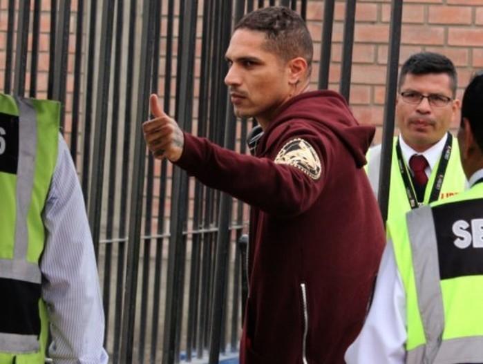 Guerrero segue em Lima desde o final de semana: jogador tem suspensão mantida (Crédito: Reprodução)