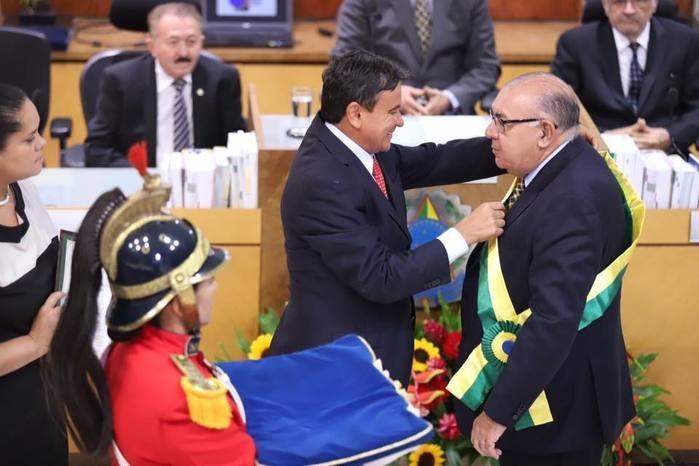 Jorge Mussi, ministro do STJ, recebe Medalha do Mérito Renascença (Crédito: Facebook)