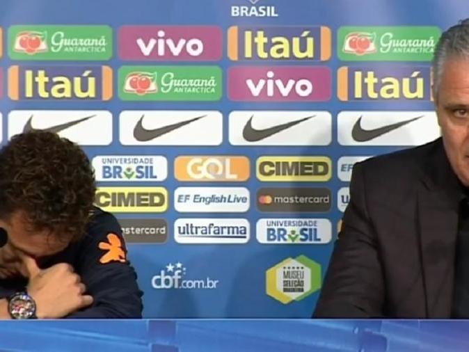 Tite defende Neymar e leva atacante às lágrimas em entrevista
