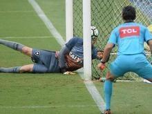 Atlético-PR bate o Botafogo e volta a vencer no Brasileirão