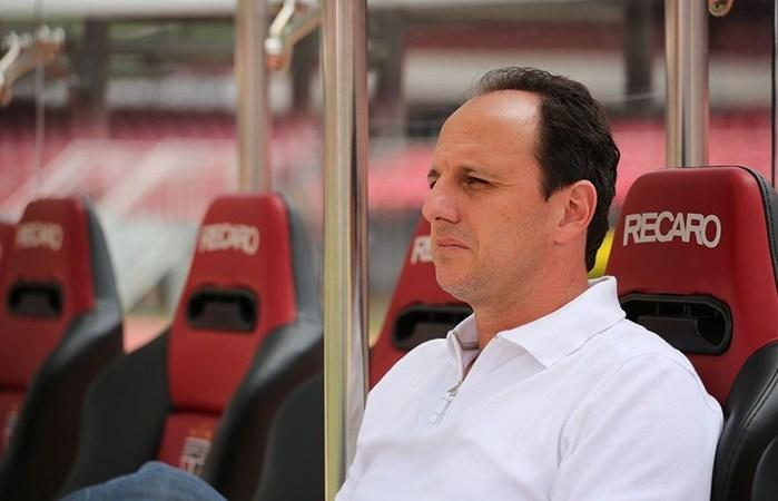 Ceni assinou com o clube cearense por 1 ano (Crédito: Reprodução)