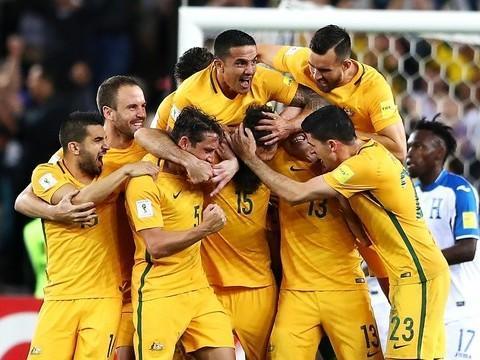 Com 3 gols, Austrália vence Honduras e se classifica para Copa