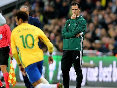 """Técnico da Inglaterra diz que será """"difícil"""" parar o Brasil na Copa"""