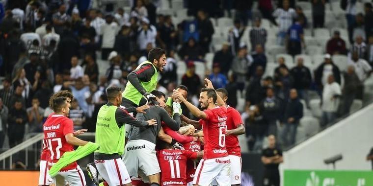 Acabou! Inter sofre, mas garante volta a série A do brasileirão