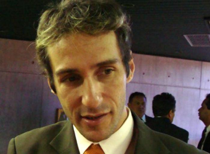 Ex-prefeito de Esperantina, Felipe Santolia