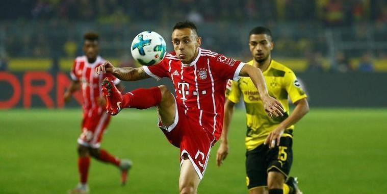 Palmeiras faz proposta a lateral do Bayern de Munique