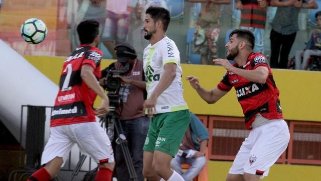 Atlético-GO é o primeiro time rebaixado para a Série B (Crédito: GE)