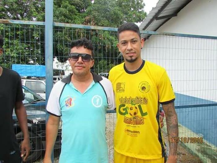 Armandinho ao lado do jogador Lucca, corpo de técnico foi encontrado pela irmã  (Crédito: Arquivo Pessoal)